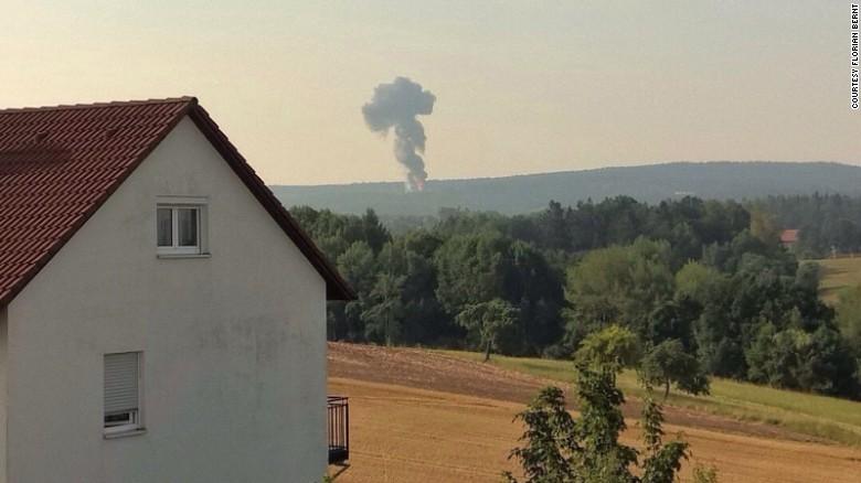 150811070744-f16-crash-germany-exlarge-169