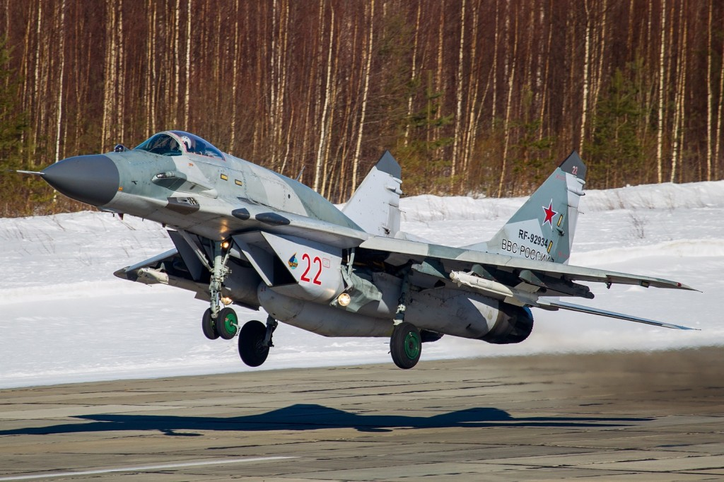 Mikoyan-Gurevich_MiG-29SMT_(9-19),_Russia_-_Air_Force_AN2269907