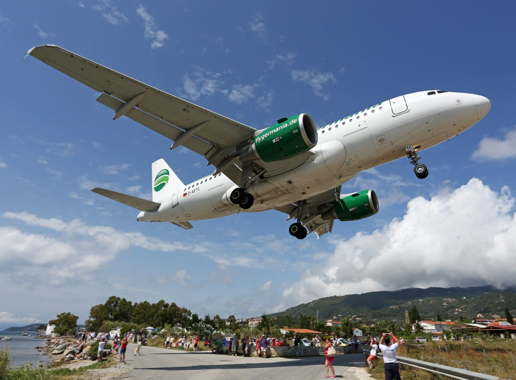 Germania_Airbus_A319_landing_at_Skiathos
