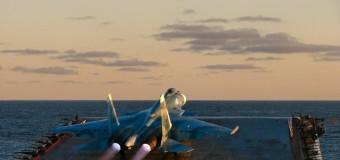 """Ruski lovac prilikom sletanja na palubu """"Admirala Kuznjecova"""" pao u more"""